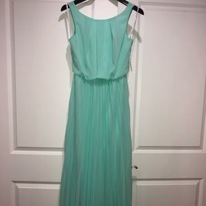 NEVER WORN *NWT* Turquoise long formal dress